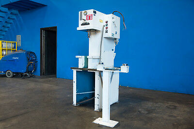 """5 Ton Advanced Hydraulic C Frame Press 16"""" x10.5""""Bed Straightening Metal Forming"""