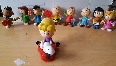 Charlie Brown Peanuts PVC Figurines Lot of 8 + 1 Plastic Schroeder 3""