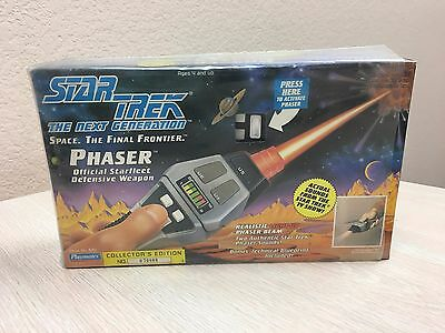 1992 Star Trek the Next Generation Phaser Playmates Collectors Edition #079898
