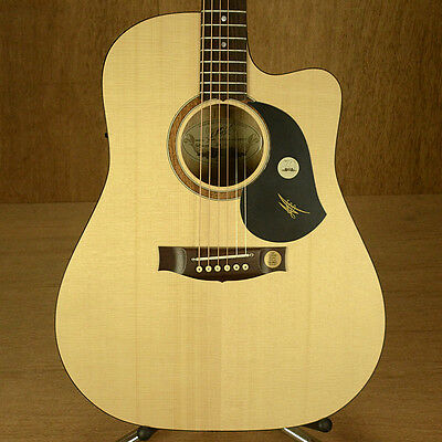 Maton SRS60C Dreadnought Electric Acoustic Guitar w/ Hardcase