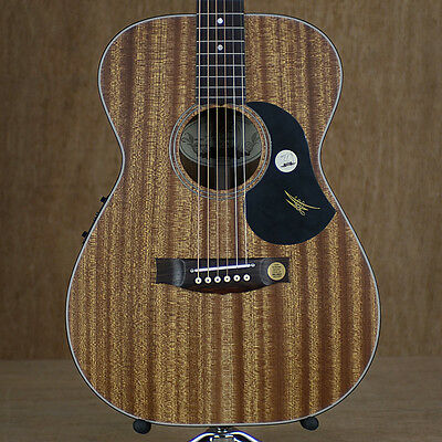 Maton M808 All-Solid Mahogany Electric Acoustic Guitar w/ Hardcase & AP5 Pro