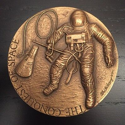 The Conquest of Space Bronze Medal 1971