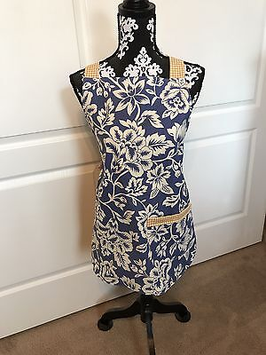Beautiful hand made apron,  blue & yellow fabric with front pocket