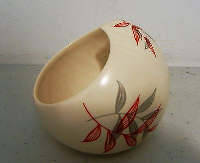 VINTAGE BESWICK CANDY DISH or POT POURI BOWL MID CENTURY MODERN DESIGN # 1352