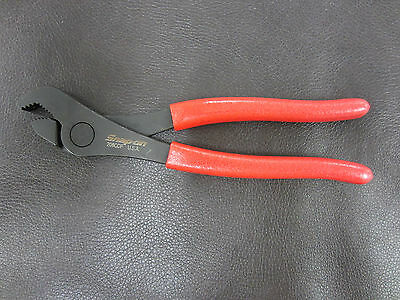 New Snap On Red Vinyl Grips Angle Nose Pliers Battery Service 208CCP Made in USA