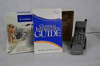 Vintage Motorola MicroTAC/Piper Cell Phone Complete W/ Charger and Original Box