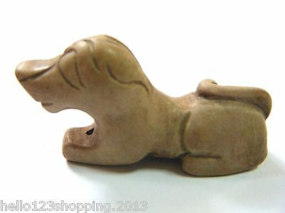 China Carved Old Jade Peaceful Dog Figures & Statues Pendants Light Brown