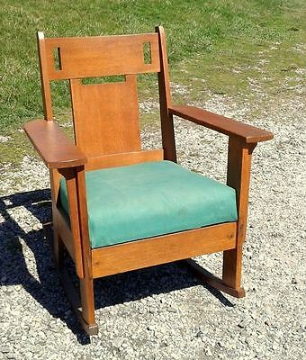 Antique Tiger Oak Mission Arts & Crafts Rocking Chair Circa 1910