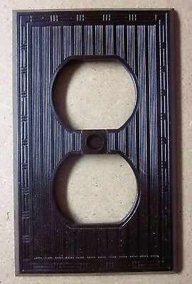 Vintage New Unused P&S Brown Bakelite Art Deco Ribbed Dashed Lines Outlet Cover