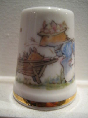 Royal Doulton Brambly Hedge Spring Mrs Apple Thimble Made In England 1983