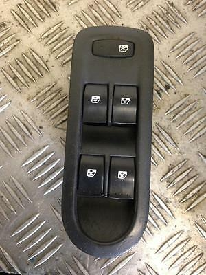 2005 Mk2 1.6 Petrol Renault Scenic Drivers Side Right Front Window Switch Unit