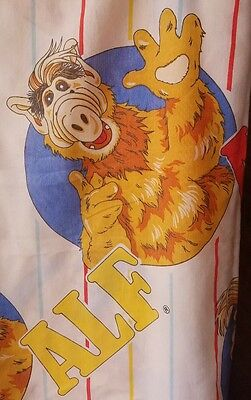 Vintage ALF 1987 Twin Flat/top bed Sheet/craft fabric alien life form
