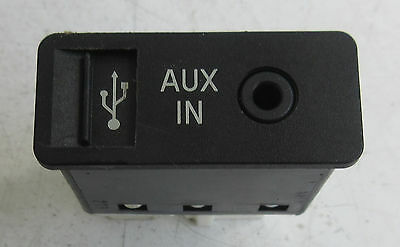 Genuine Used MINI & BMW - USB & AUX-IN Socket for R56 R55 R57 R58 F10 - 9189177