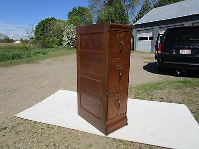 Antique C-1910 Tiger Quartered Oak 3 Drawer File Cabinet