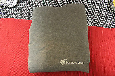 Qatar Airways business class pyjamas PJs NEW in fabric sleeve, size L/XL, unisex