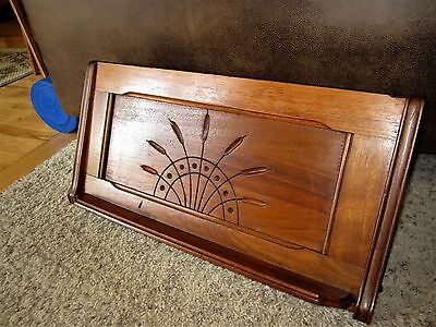1885 Victorian Beveled Sheet Music Holder Carved Wood Cattail Book Display Stand