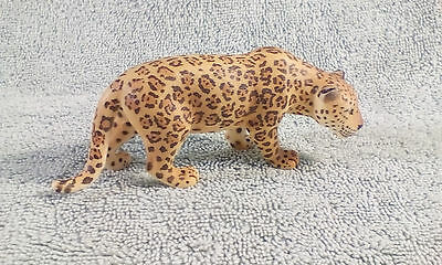 Schleich Leopard Jaguar Big Cat Figurine