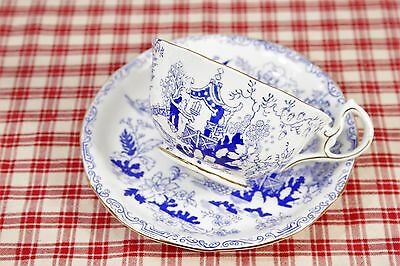 1920 -40 Royal Albert CROWN CHINA Blue Willow / Mikado Cup and Saucer Set MINT