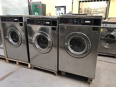Speed Queen Washer 18LB 3PH 220v