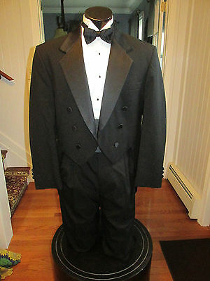 Mens Vintage Notch Lapel Black Tail Tuxedo Oscar De La Renta 42R 4 Pcs Nb23