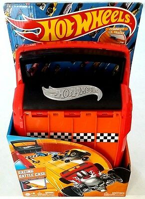 Hot Wheels Racing Battle Case Tracks for 4 Cars and Storage