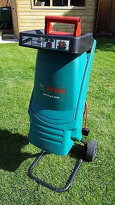bosch axt rapid 2200 garden shredder rarely used picclick uk. Black Bedroom Furniture Sets. Home Design Ideas