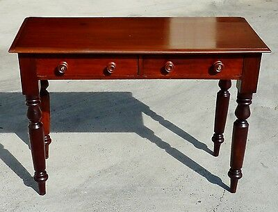 ANTIQUE AUSTRALIAN CEDAR turned leg OCCASIONAL bedside HALL TEA TABLE c1890