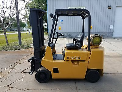 Hyster Forklift 5k Capacity LP Propane 3 Stage, Runs Good, Fully Serviced