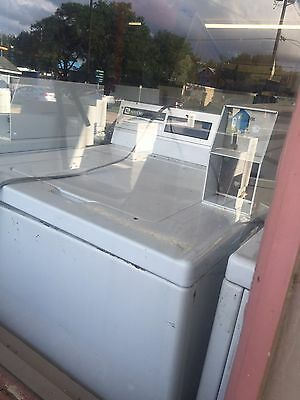 Maytag -Commercial-Coin-Operated-Top-Load-Washer-Coin-Laundry