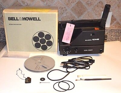 Bell & Howell 10 MS Projector 8 MM / Super 8 (Like New)