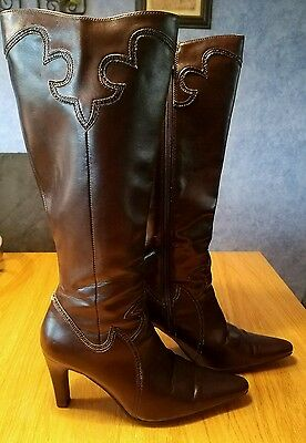 Daisy Fuentes Brown Leather Pull On Knee High Boots Women Size 7.5