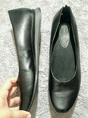 Naturalizer black casual loafers flats shoes women 11M leather walking EUC