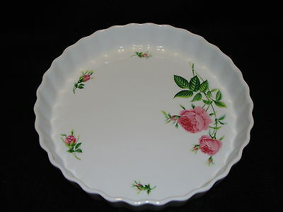"""ChristineHolm PIE / QUICHE DISH in ROSE Pattern 9 5/8"""" Fluted Scalloped Like New"""
