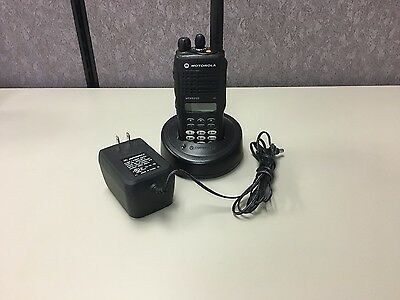 Motorola MTX9250 900 MHz Portable Two-Way Radio w/ Accessories