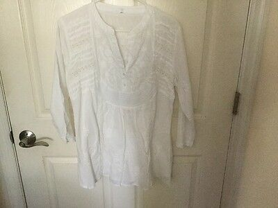 New Without Tags - White Embroidered Indian Tunic - Large