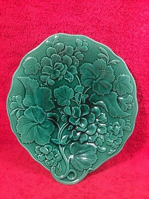 Antique Majolica Geranium Flowers & Leaves Footed Platter c.1800's, gm975