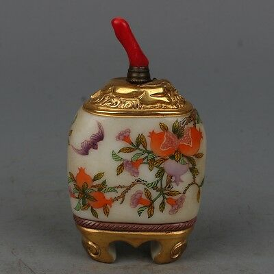 China Exquisite Hand-Painted Bats peaches pomegranate pattern Glass snuff bottle