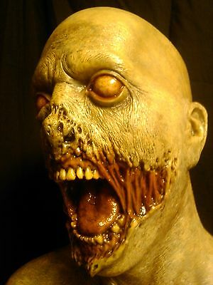 Zombie Ghoul Horror Prop Bust, Collectible, Walking Dead, Resident Evil, Horror.