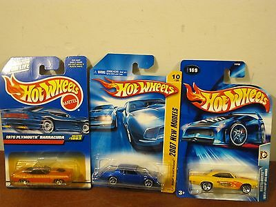 Lot of 3 Mixed Hot Wheels 1993 2007 2004 Barracuda Buick National Road Runner