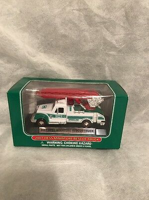 2007 Hess Miniature Rescue Truck
