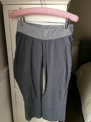 Motherhood Maternity Gray w/stripe Stretch Knit Yoga Crop Capri Pant S Small
