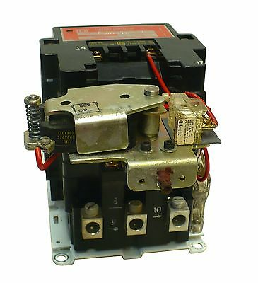 Square D 8903SOG11 / 8903S0G11 Lighting Latching Contactor  (M3)