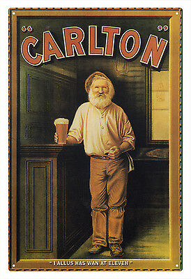 CARLTON BREWERY 'I allus has wan at eleven' VINTAGE TIN SIGN 20 X 30 cm. [small]