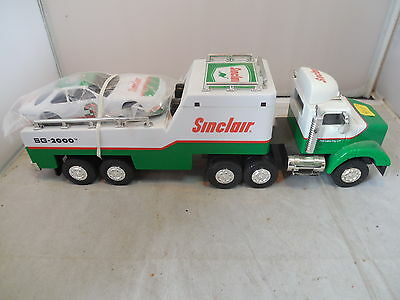 Sinclair Tractor Truck with Sinclair Nascar Racing Toy With Sound