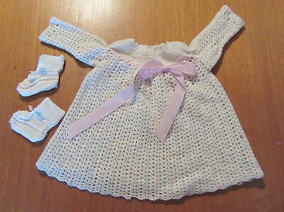 VINTAGE HAND KNITTED WOOL BABY GIRLS DRESS & BOOTEES - CREAM w PALE PINK & GREEN