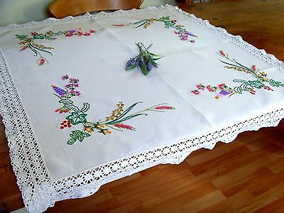 A Gorgeous Vintage Hand Embroidered Tablecloth Raised Wild Flowers Berries Lace