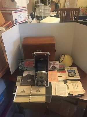 Vintage 1950's Polaroid Model 95 b Land Camera W/ Carrying Case & Manuals