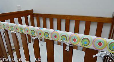 2 x Baby Cot Rail Cover Crib Teething Pad - Retro Circles On White  SET OF TWO