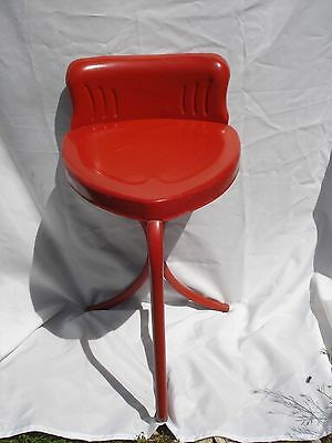 Vtg Metal Heart Shaped Chair Antique Stool RARE FIND retro industrial steampunk