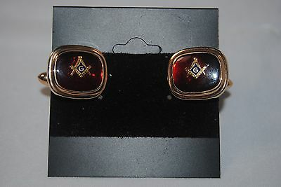 Pair of MASONIC cuff links. - Great Gold & Ruby color